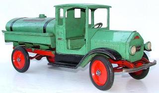 rare sturditoy trucks wanted 1920's sturditoy truck price guide, vintage buddy l toys wanted ebay sturditoy auctions, old sturditoy oil truck, blue sturditoy wheels, sturditoy truck on ebay,  antique toys