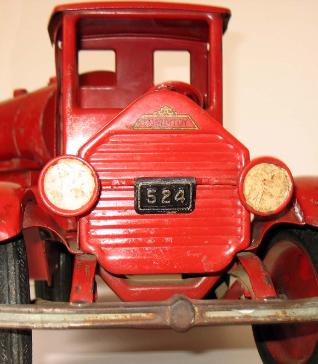 sturditoy oil tanker, sturditoy oil tractor trailer, 1920 sturditoy truck value guide, sturditoy oil truck for sale, sturditoy truck price guide, buying sturditoy trucks, buying vintage tin toys buddy l museum